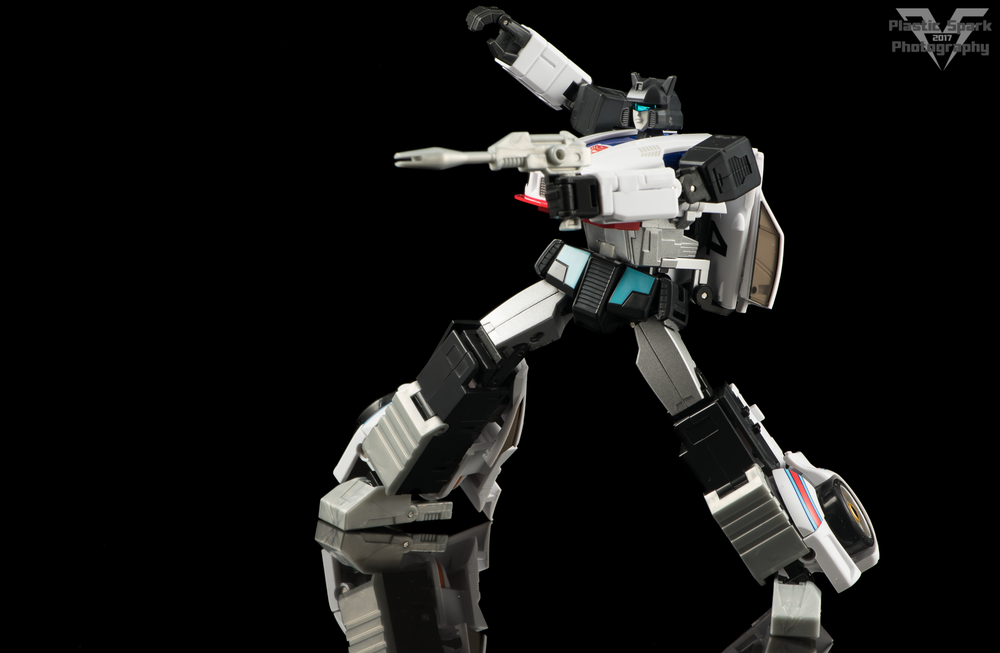 MakeToys-Re-Master-MTRM-09-Downbeat--(9-of-42).png