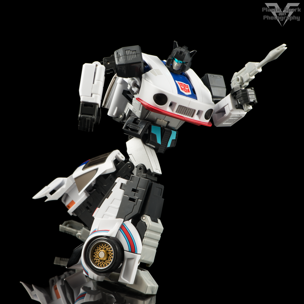 MakeToys-Re-Master-MTRM-09-Downbeat--(8-of-42).png