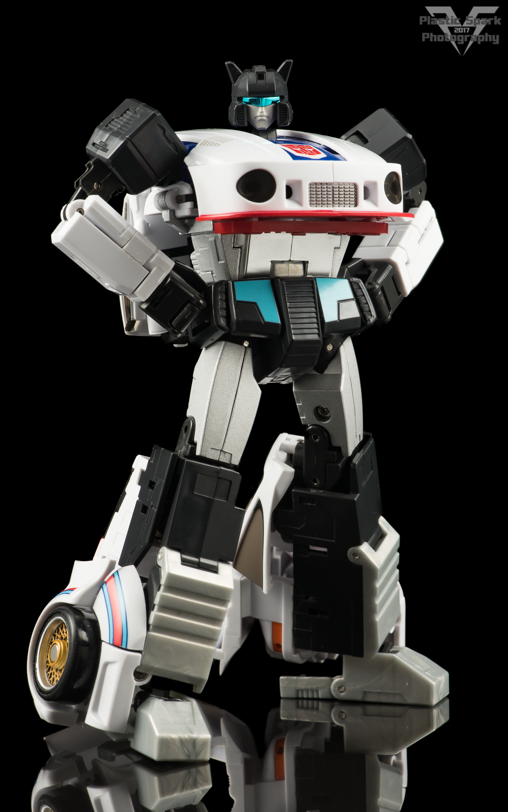 MakeToys-Re-Master-MTRM-09-Downbeat--(13-of-42).png