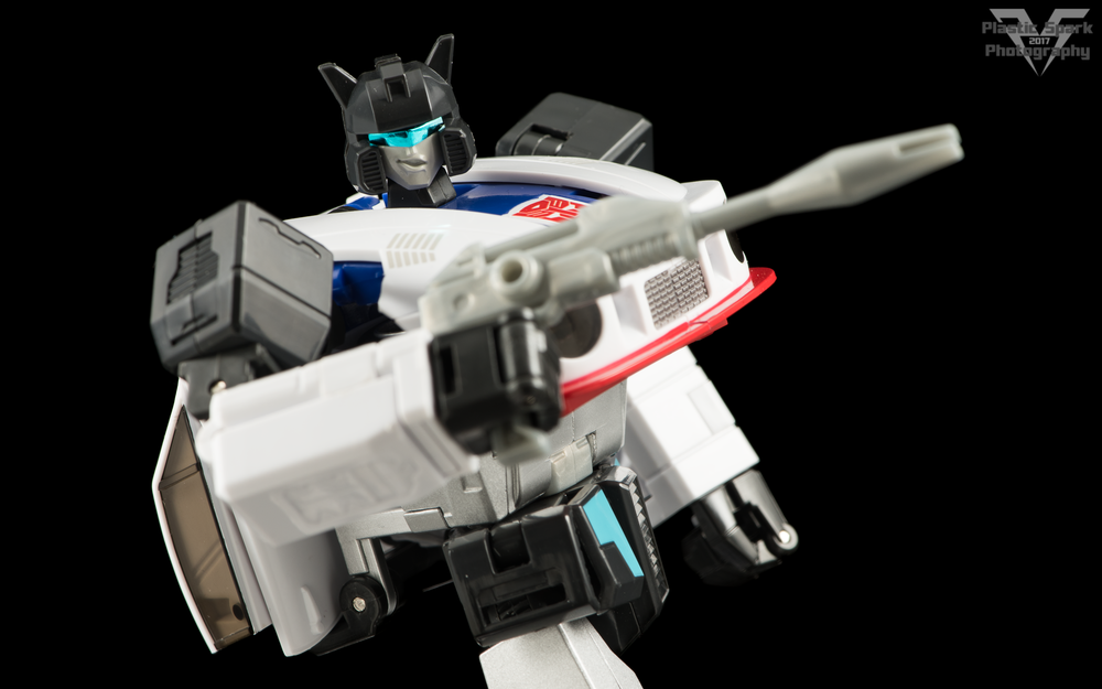 MakeToys-Re-Master-MTRM-09-Downbeat--(25-of-42).png