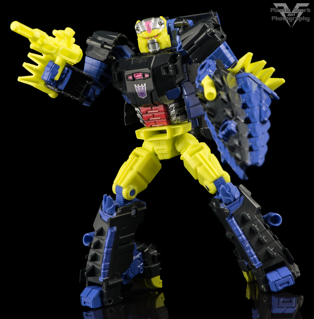 Hasbro-Titans-Return-Deluxe-Krok-(3-of-10).png