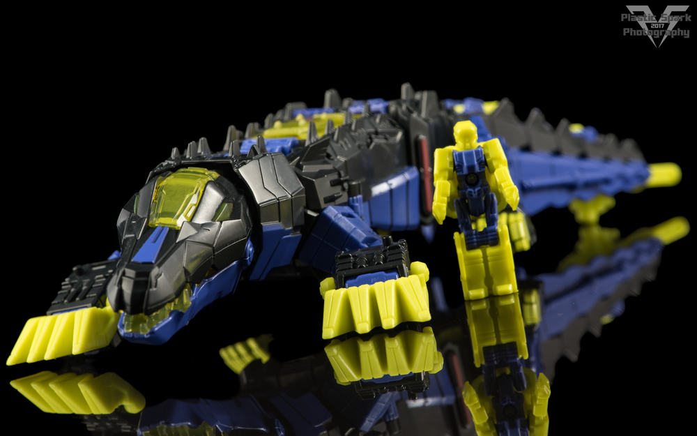 Hasbro-Titans-Return-Deluxe-Krok-(8-of-10).png