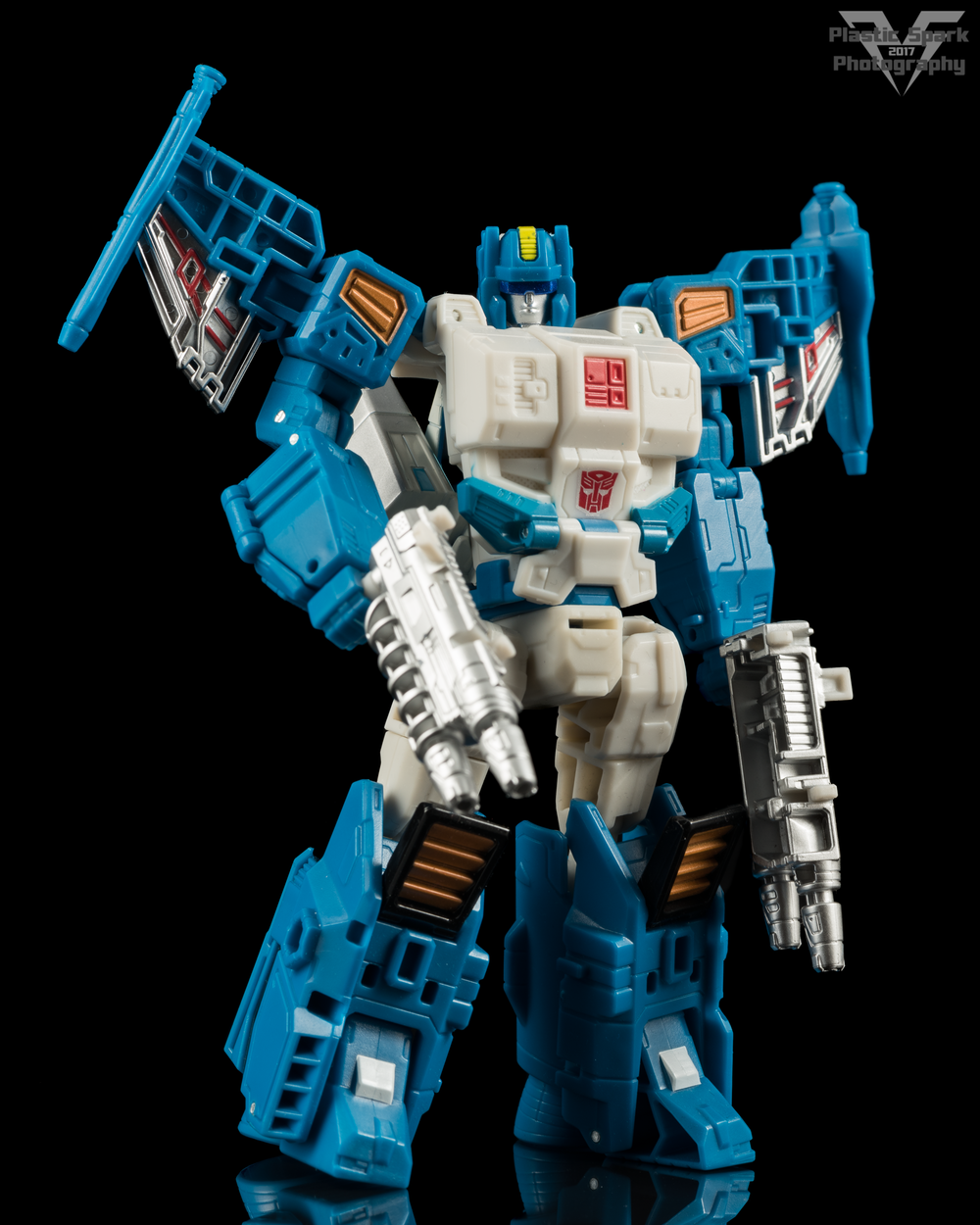 Hasbro-Titans-Return-Deluxe-Topspin-(1-of-7).png