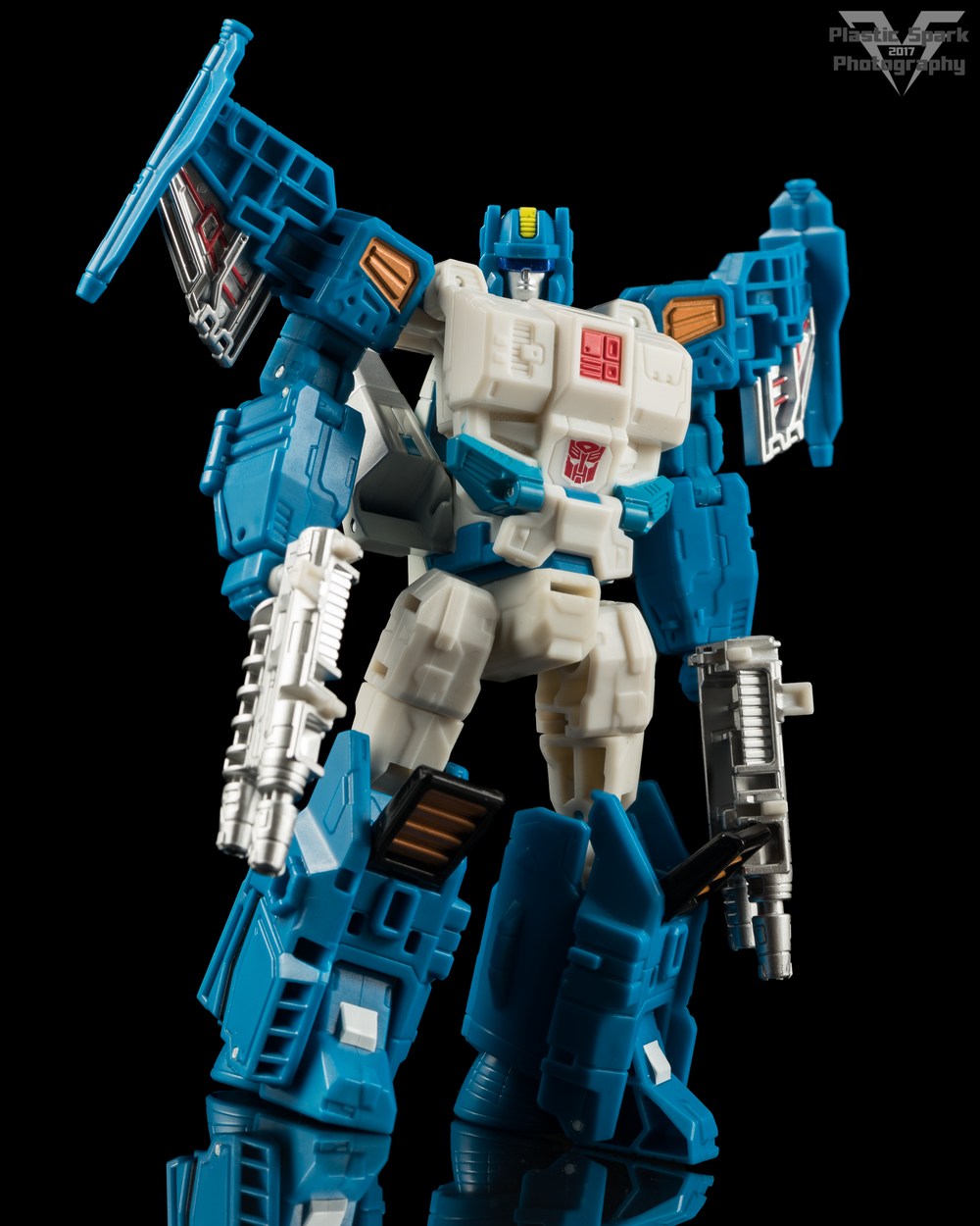 Hasbro-Titans-Return-Deluxe-Topspin-(4-of-7).png
