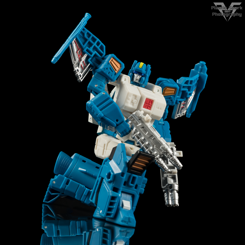 Hasbro-Titans-Return-Deluxe-Topspin-(5-of-7).png