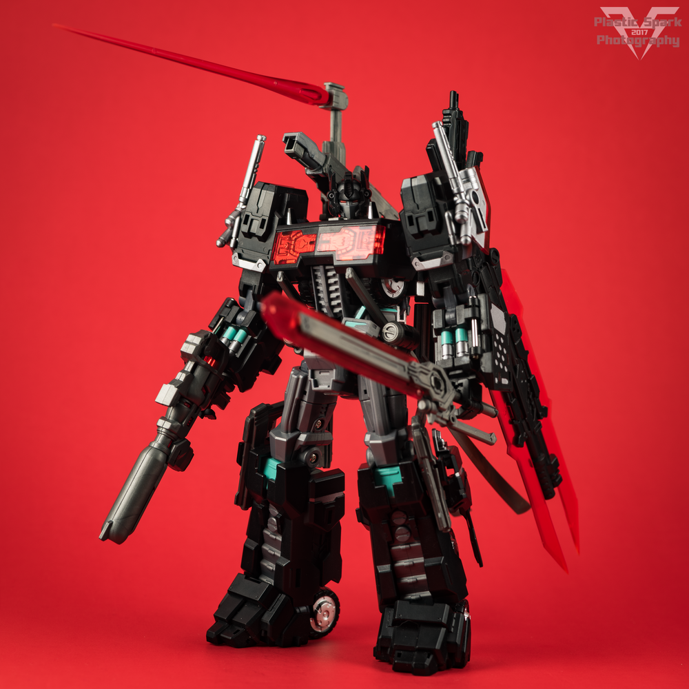 Maketoys-MTCD-01SP-Striker-Noir-(3-of-36).png