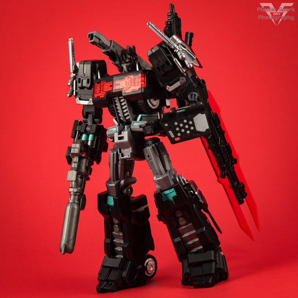 Maketoys-MTCD-01SP-Striker-Noir-(4-of-36).png