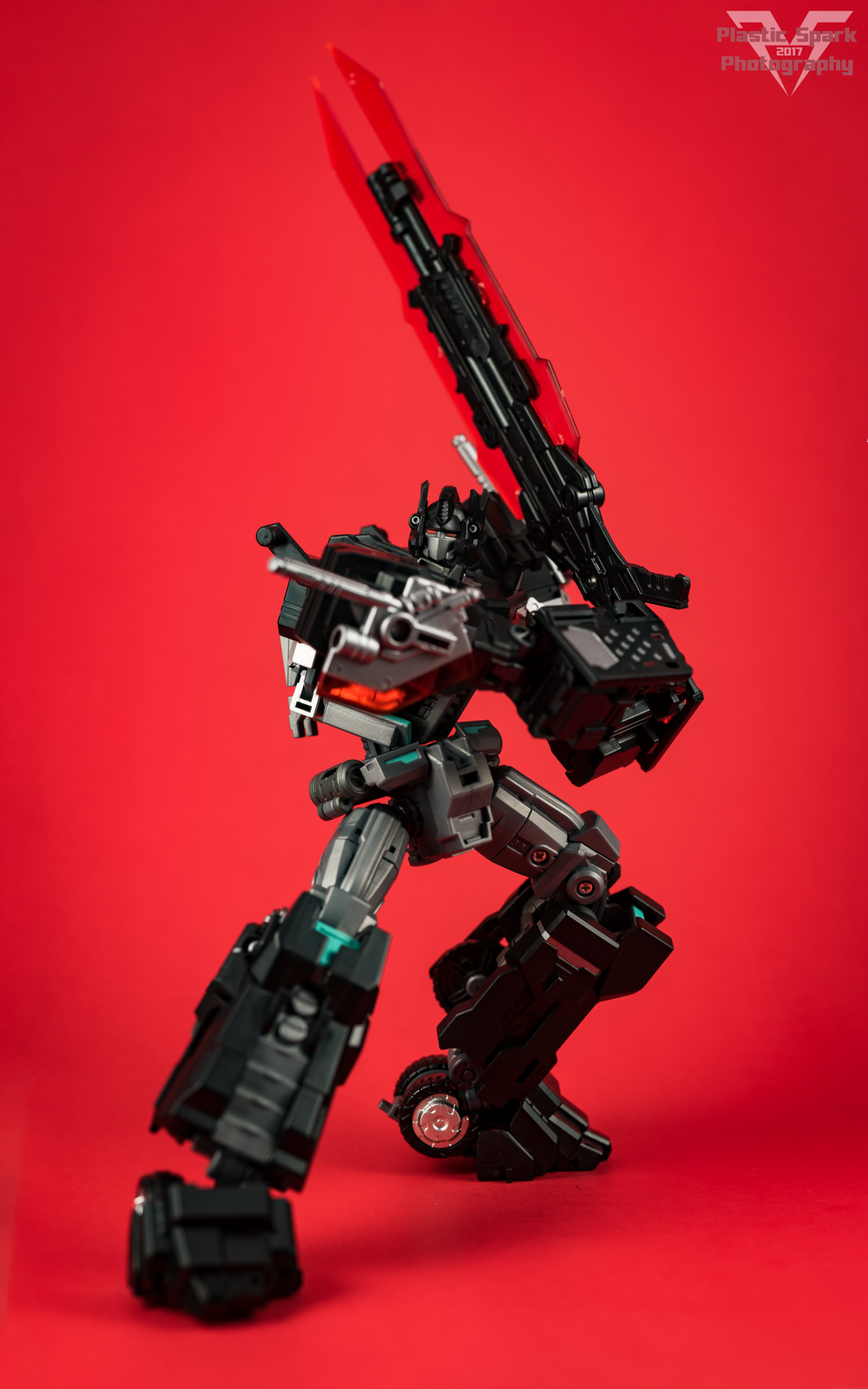 Maketoys-MTCD-01SP-Striker-Noir-(6-of-36).png
