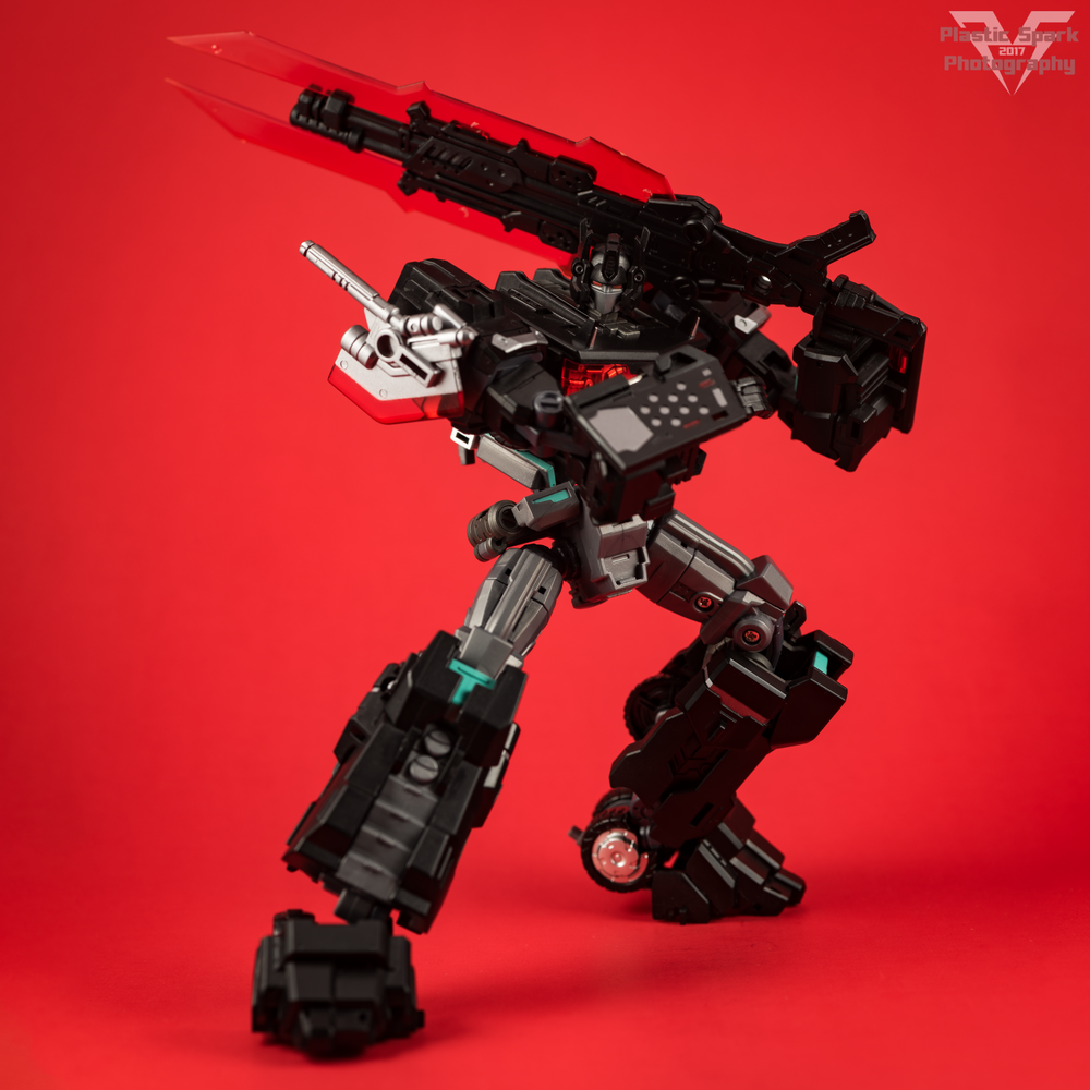 Maketoys-MTCD-01SP-Striker-Noir-(5-of-36).png