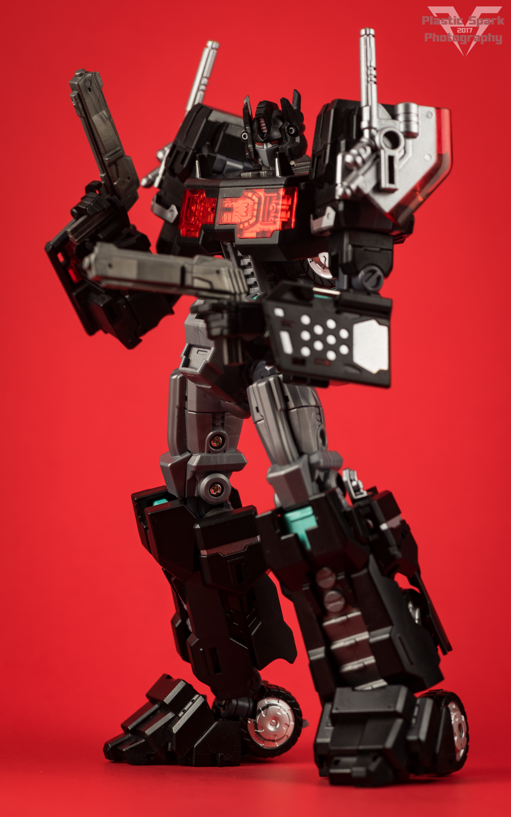 Maketoys-MTCD-01SP-Striker-Noir-(8-of-36).png
