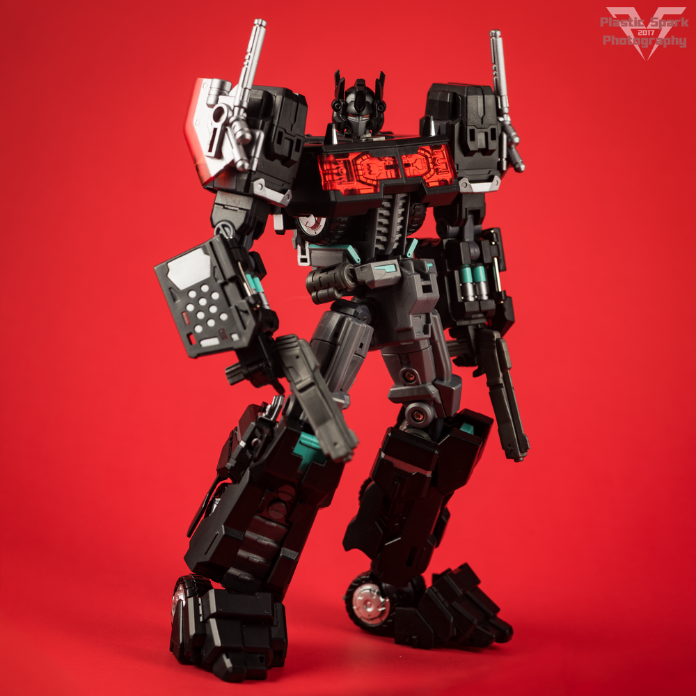Maketoys-MTCD-01SP-Striker-Noir-(9-of-36).png