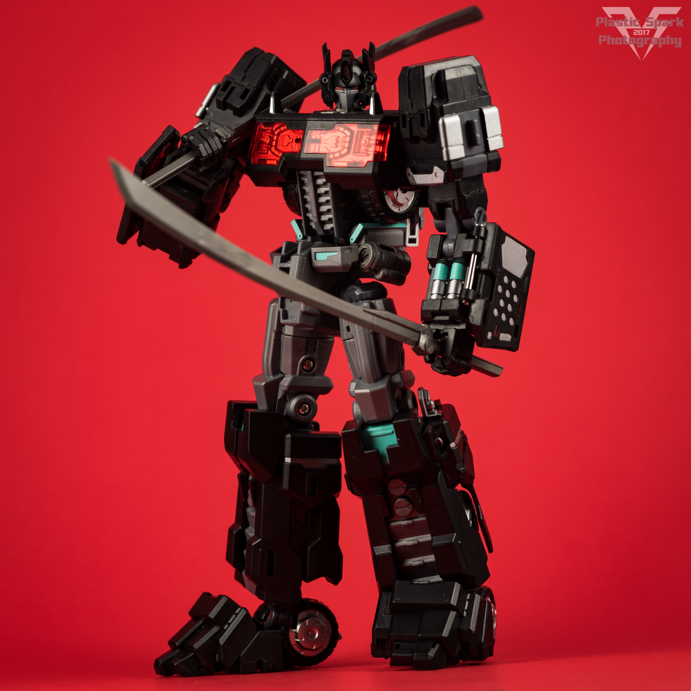 Maketoys-MTCD-01SP-Striker-Noir-(16-of-36).png