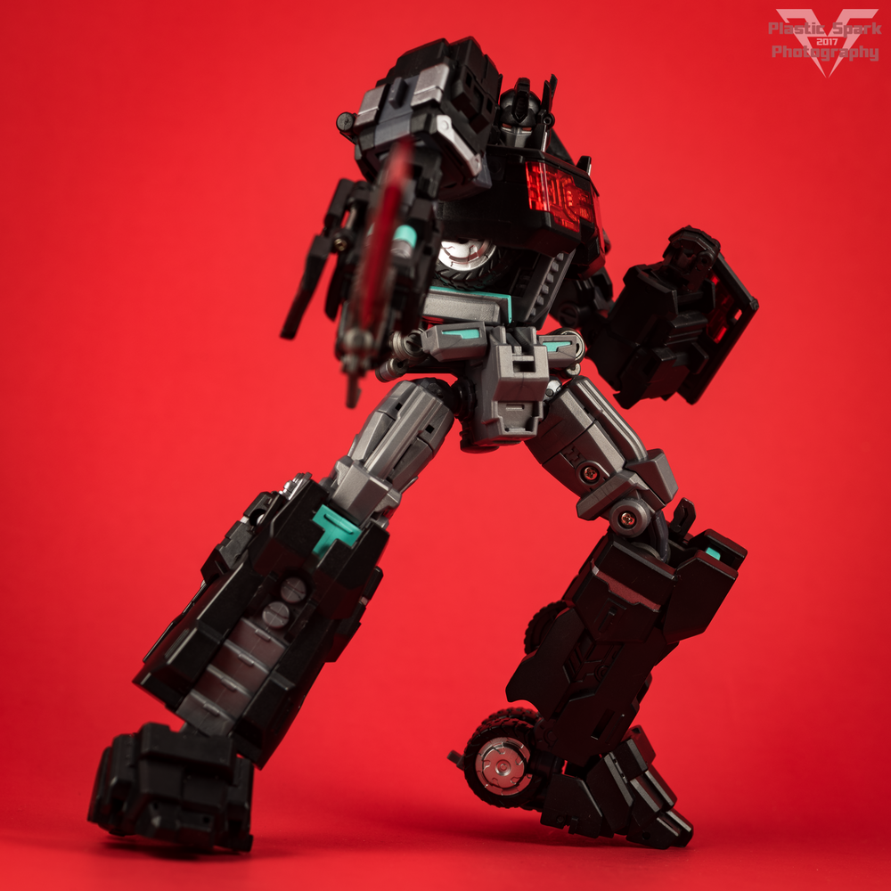 Maketoys-MTCD-01SP-Striker-Noir-(17-of-36).png