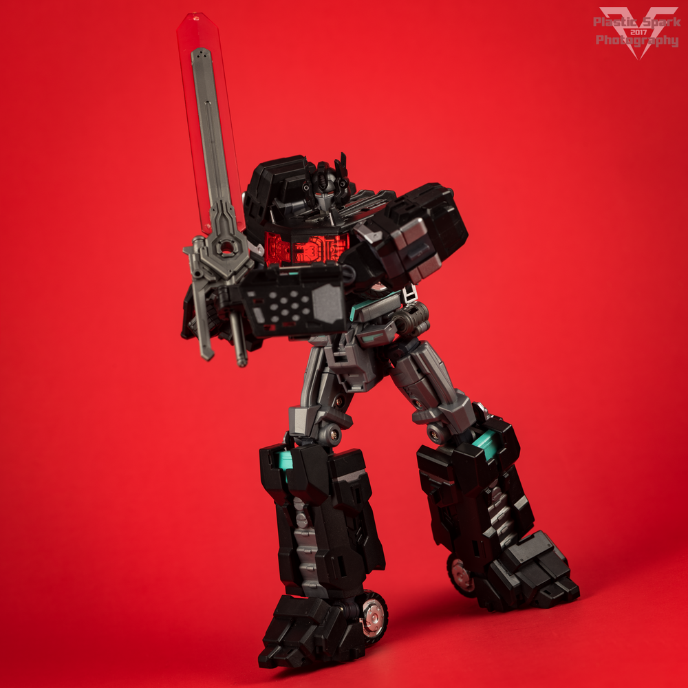 Maketoys-MTCD-01SP-Striker-Noir-(19-of-36).png