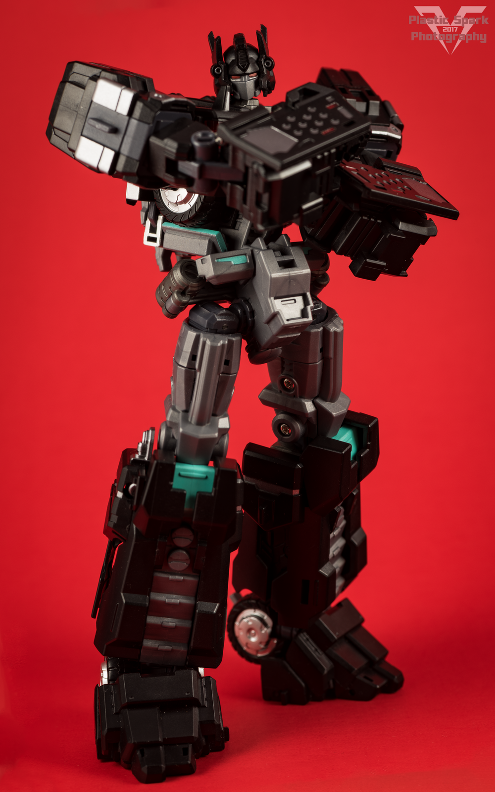 Maketoys-MTCD-01SP-Striker-Noir-(22-of-36).png