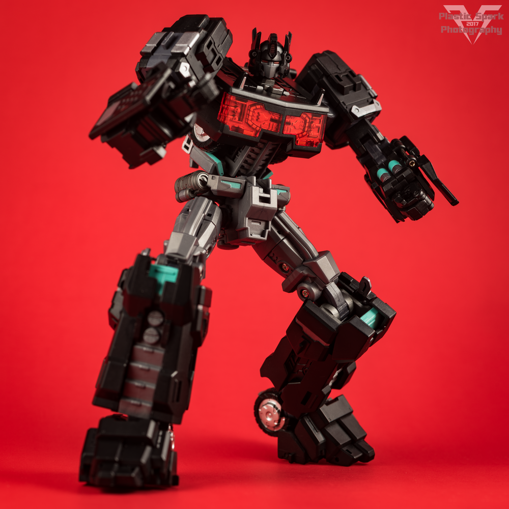 Maketoys-MTCD-01SP-Striker-Noir-(23-of-36).png