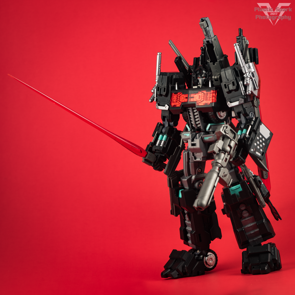 Maketoys-MTCD-01SP-Striker-Noir-(25-of-36).png