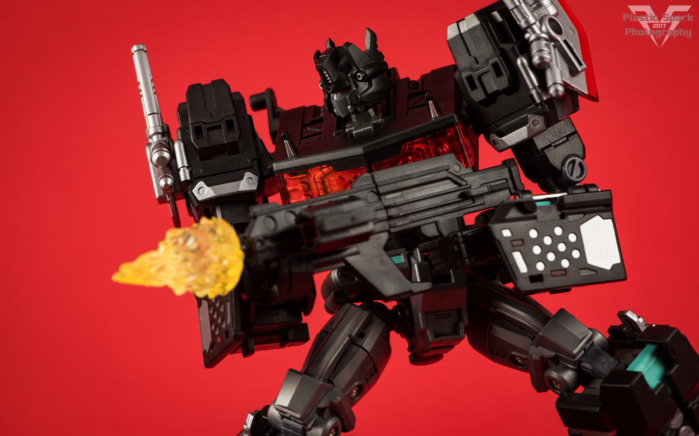 Maketoys-MTCD-01SP-Striker-Noir-(30-of-36).png