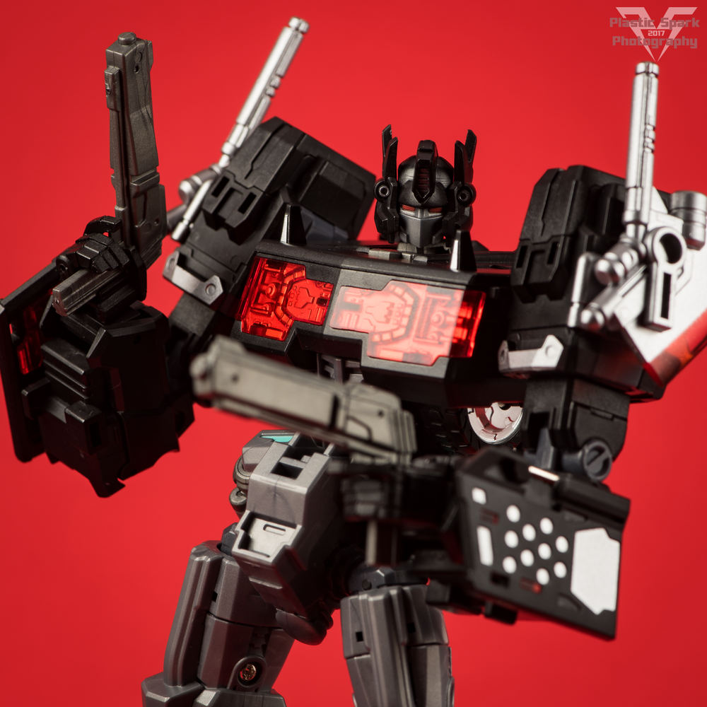 Maketoys-MTCD-01SP-Striker-Noir-(29-of-36).png