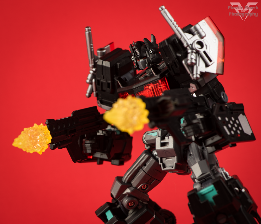 Maketoys-MTCD-01SP-Striker-Noir-(32-of-36).png