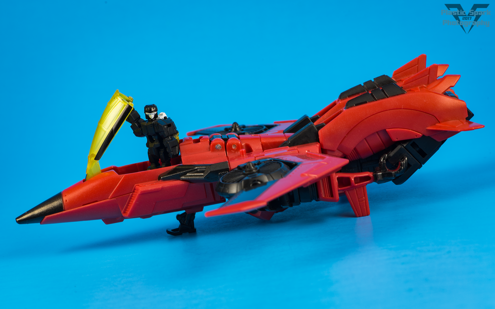 Titans-Return-Windblade-and-Scorchfire-(19-of-29).png