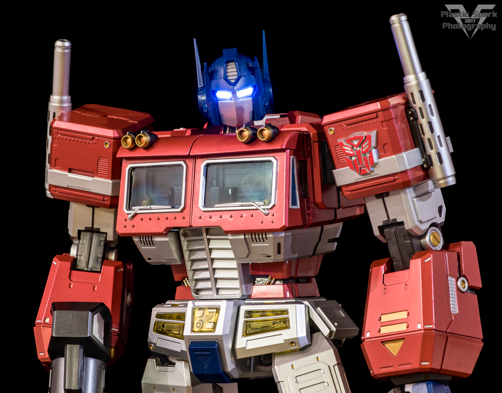 MAS-Mega-Action-Optimus-Prime-(5-of-21).png