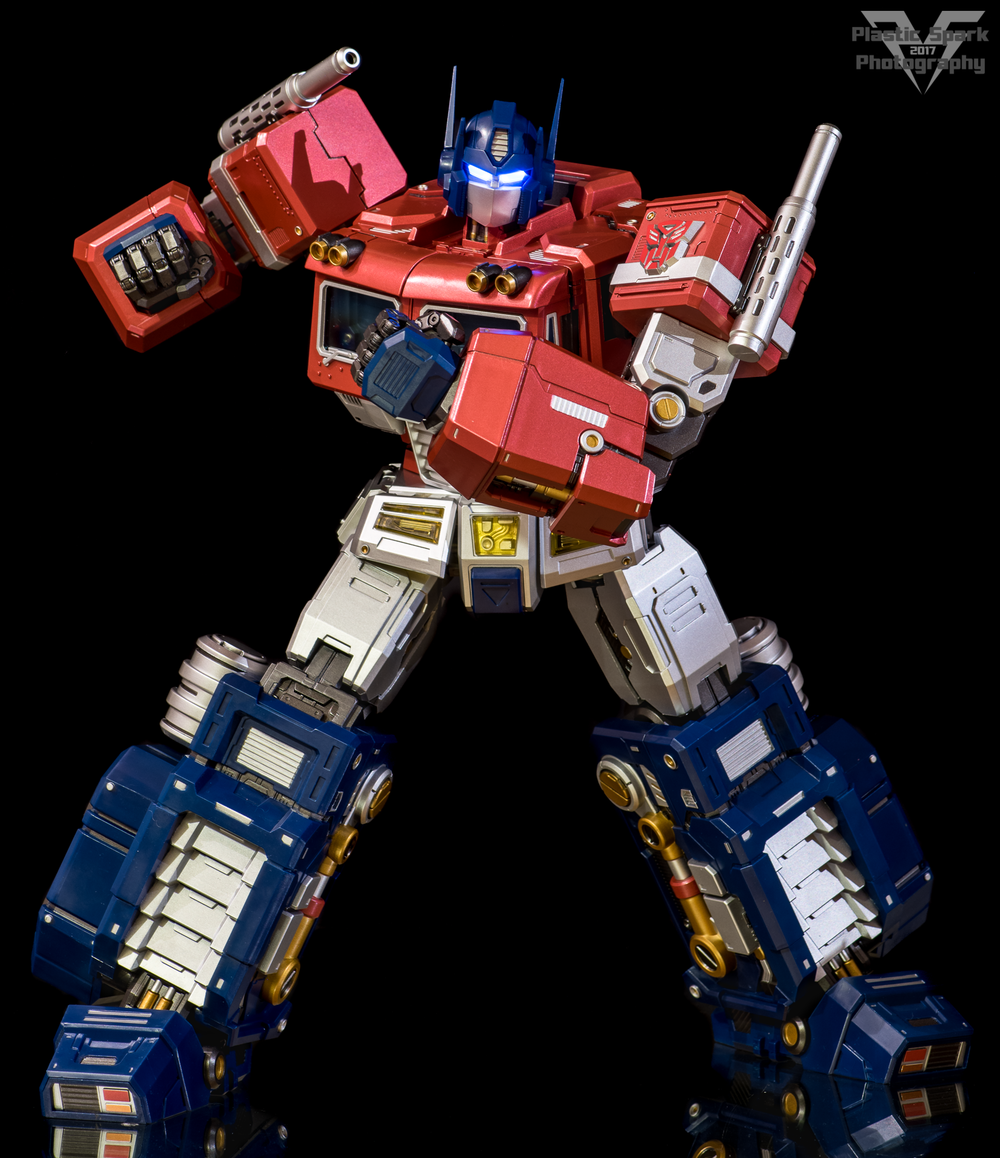MAS-Mega-Action-Optimus-Prime-(8-of-21).png