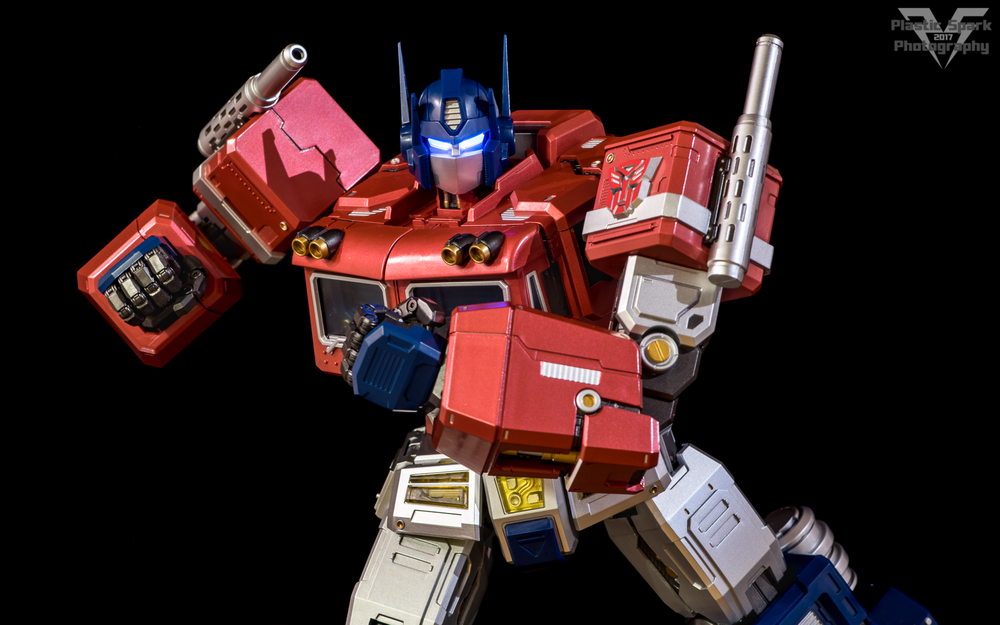MAS-Mega-Action-Optimus-Prime-(9-of-21).png