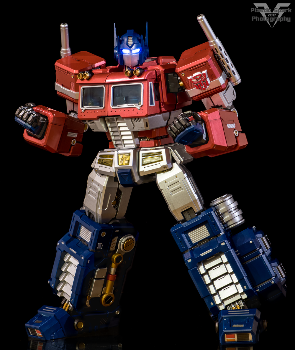 MAS-Mega-Action-Optimus-Prime-(11-of-21).png