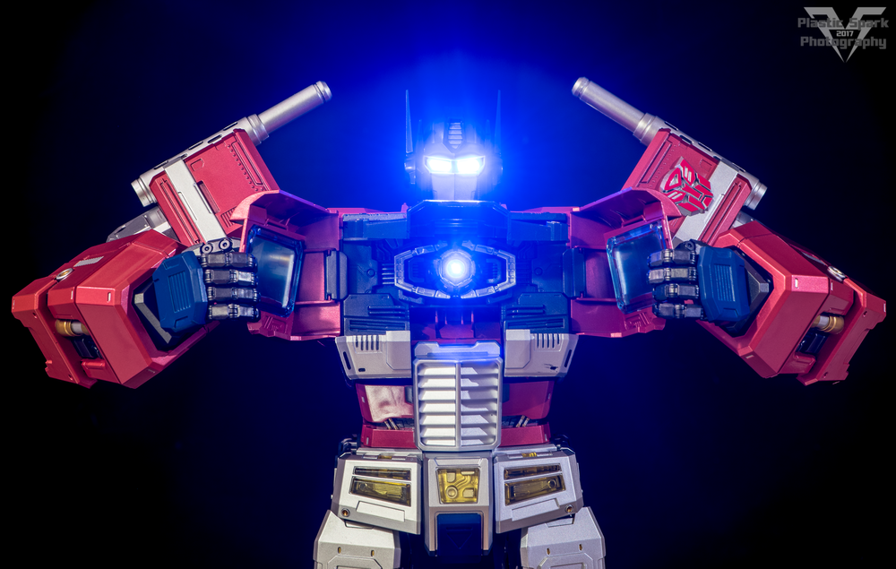 MAS-Mega-Action-Optimus-Prime-(14-of-21).png