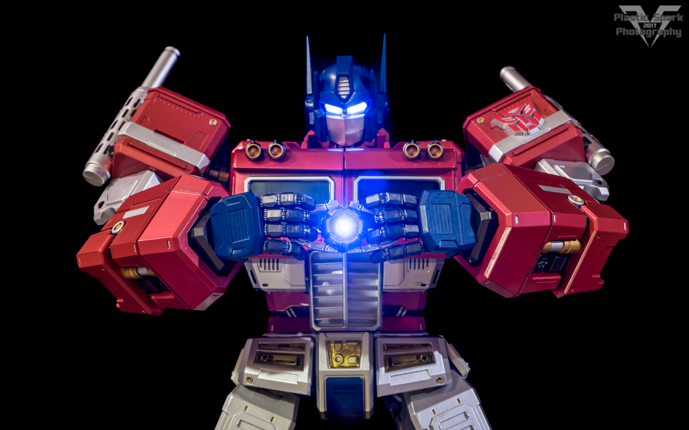 MAS-Mega-Action-Optimus-Prime-(16-of-21).png
