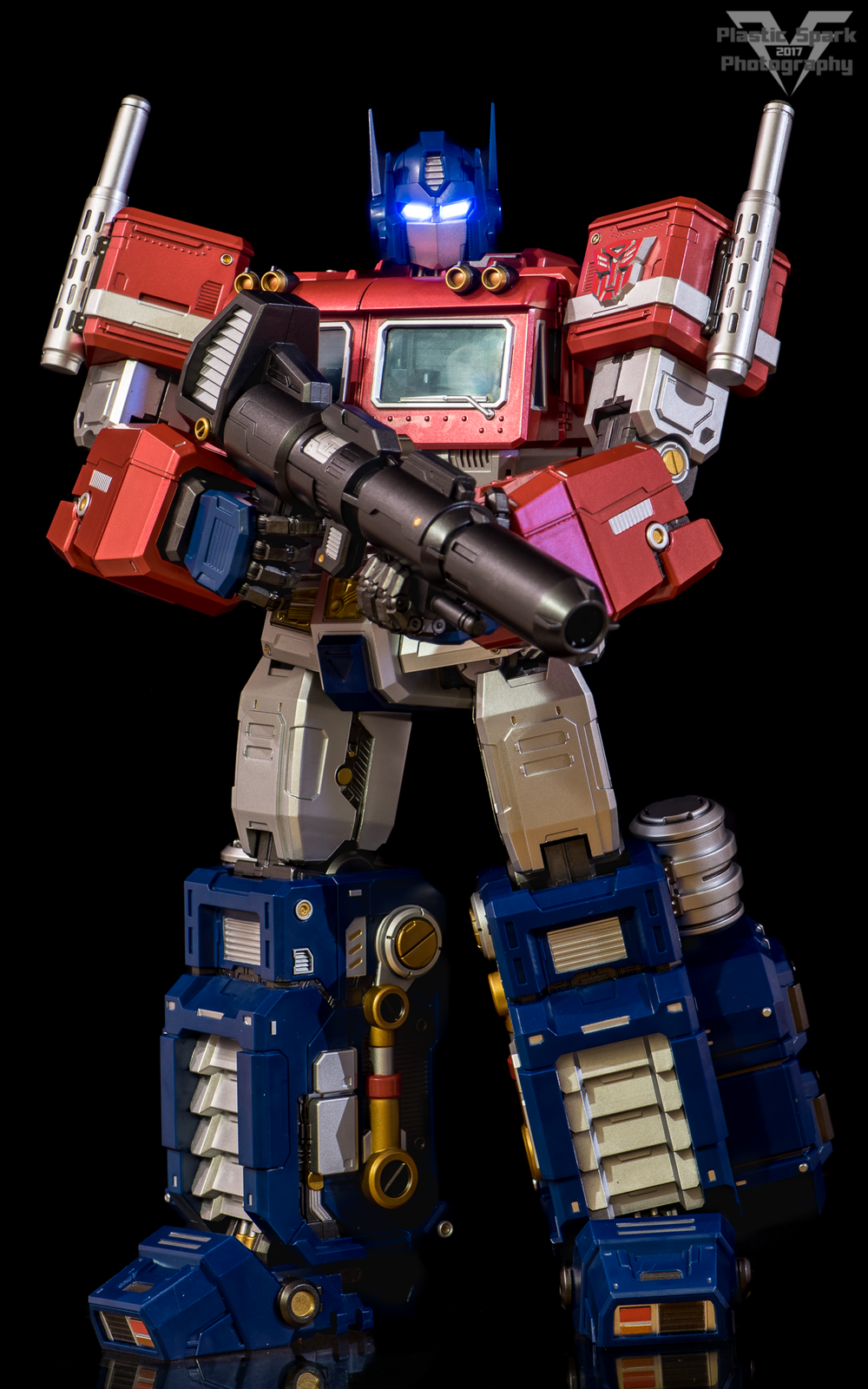 MAS-Mega-Action-Optimus-Prime-(17-of-21).png