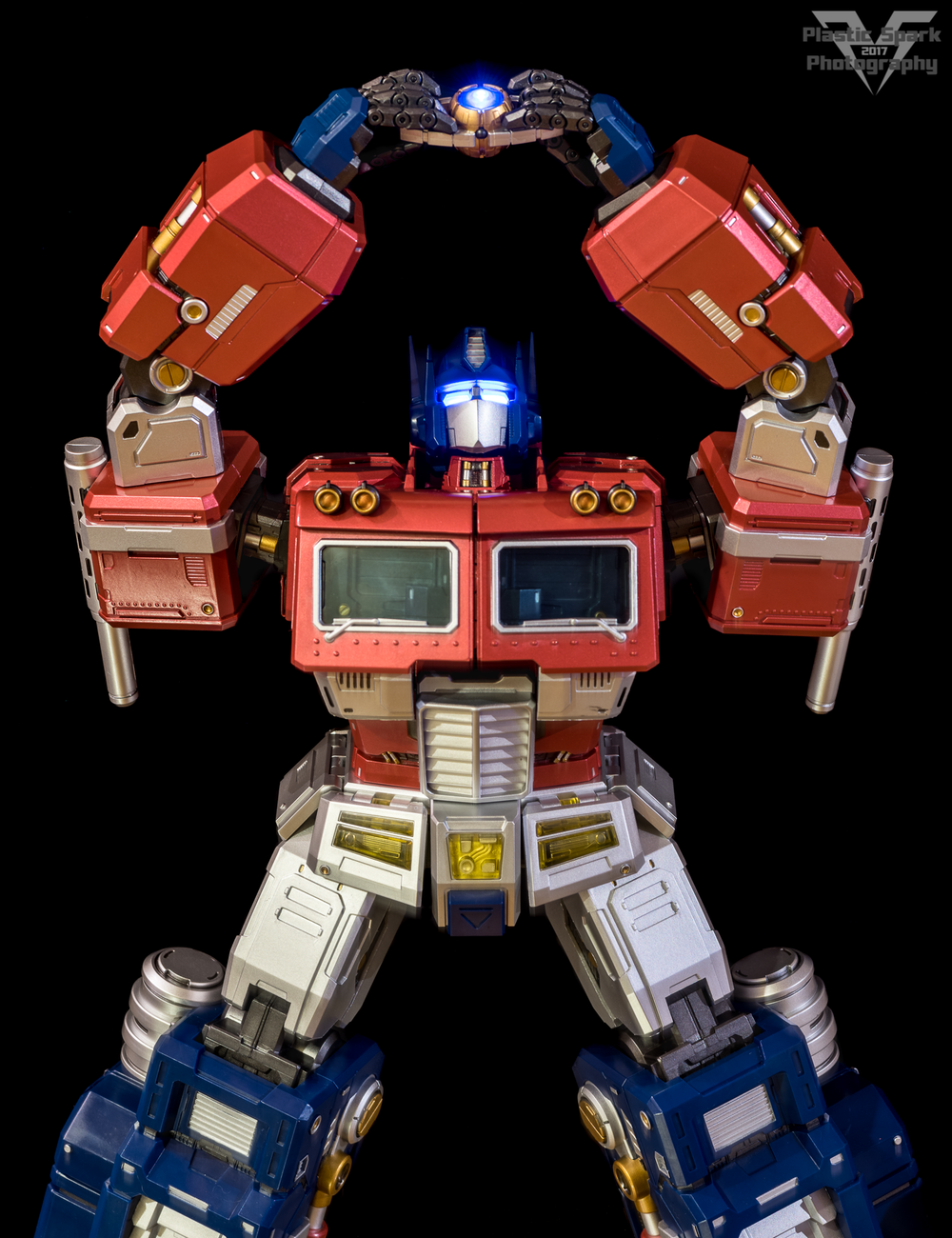 MAS-Mega-Action-Optimus-Prime-(20-of-21).png