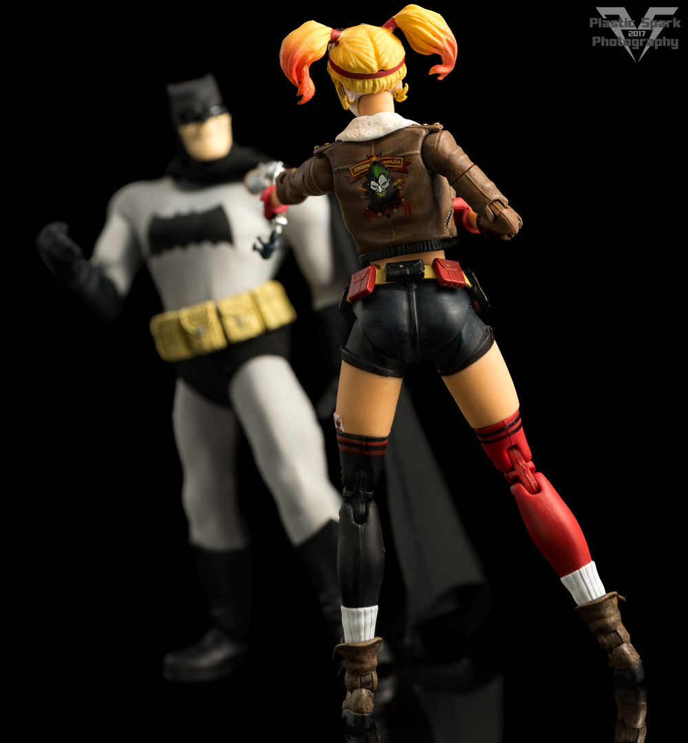 Bombshell-Harley-Quinn-(5-of-12).png