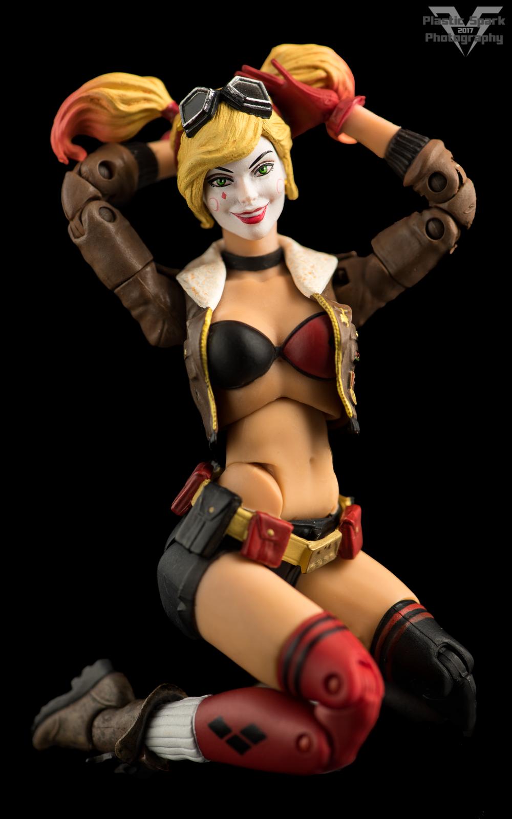 Bombshell-Harley-Quinn-Supplemental-(2-of-6).png