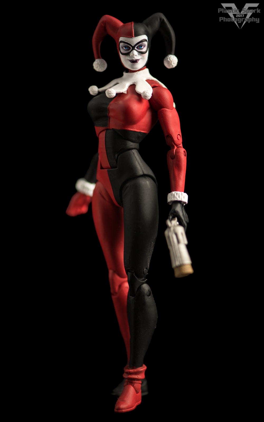 DC-Icons-Harley-Quinn-(3-of-8).png