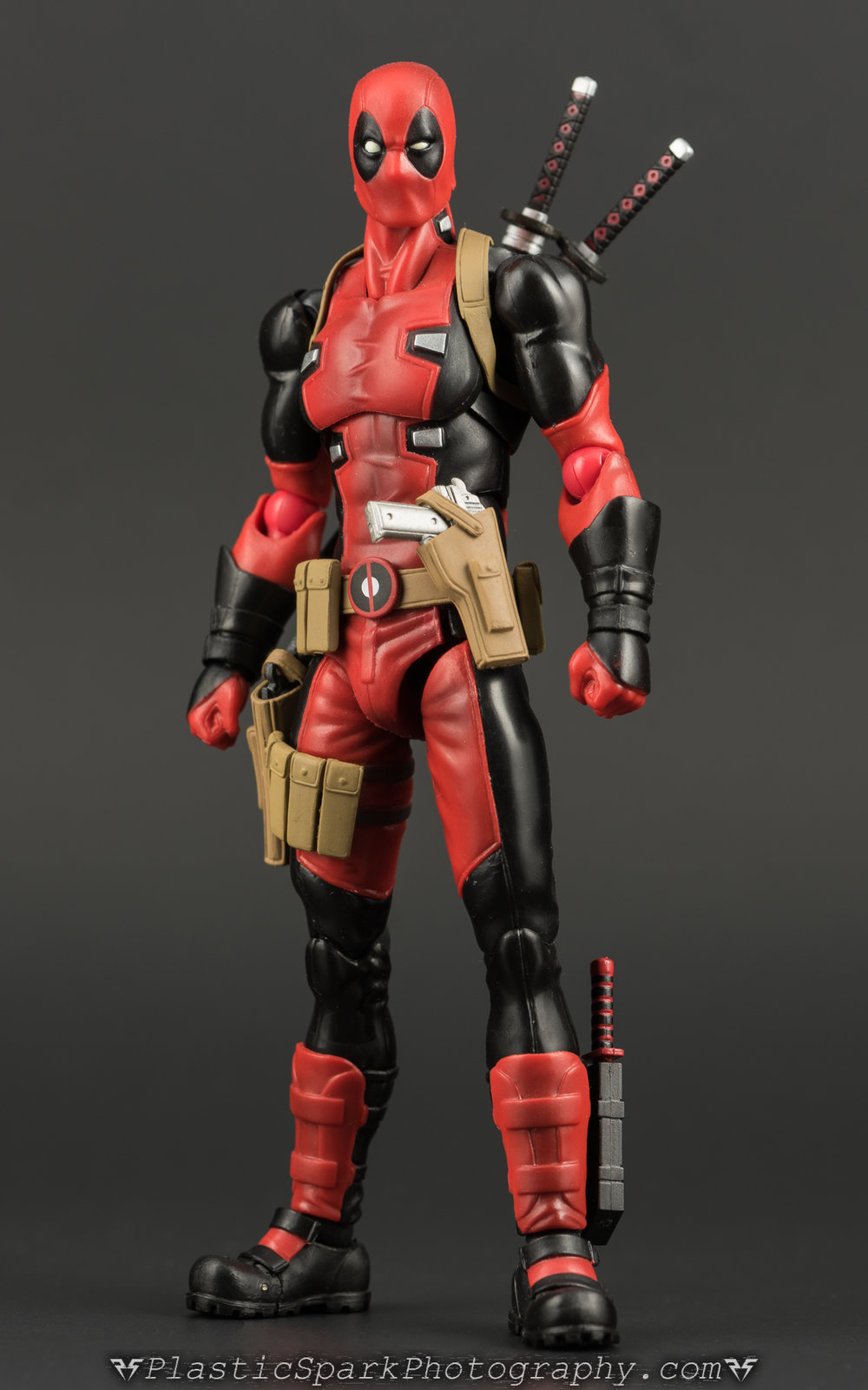Figma-Deadpool-(1-of-62).jpg