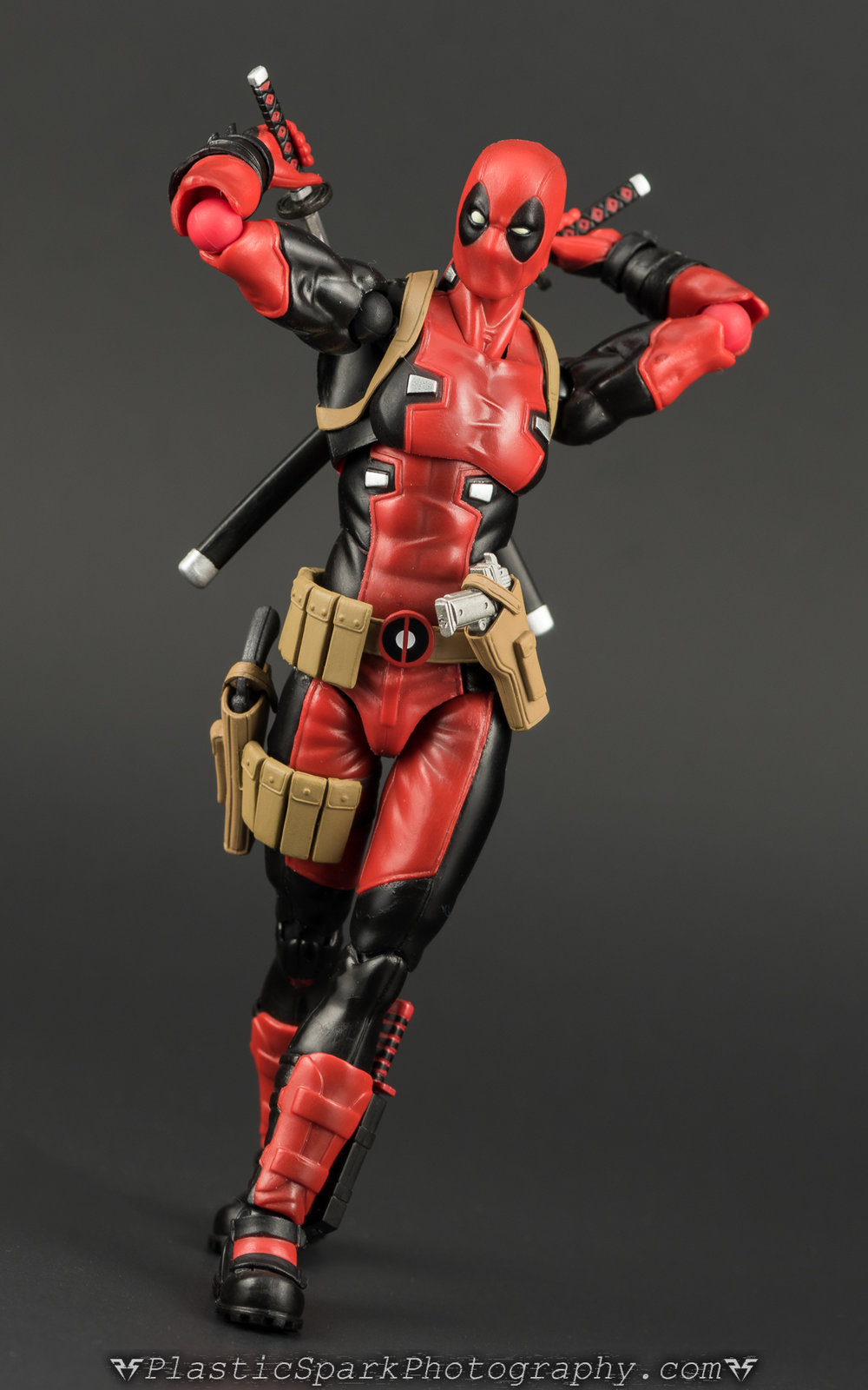 Figma-Deadpool-(11-of-62).jpg