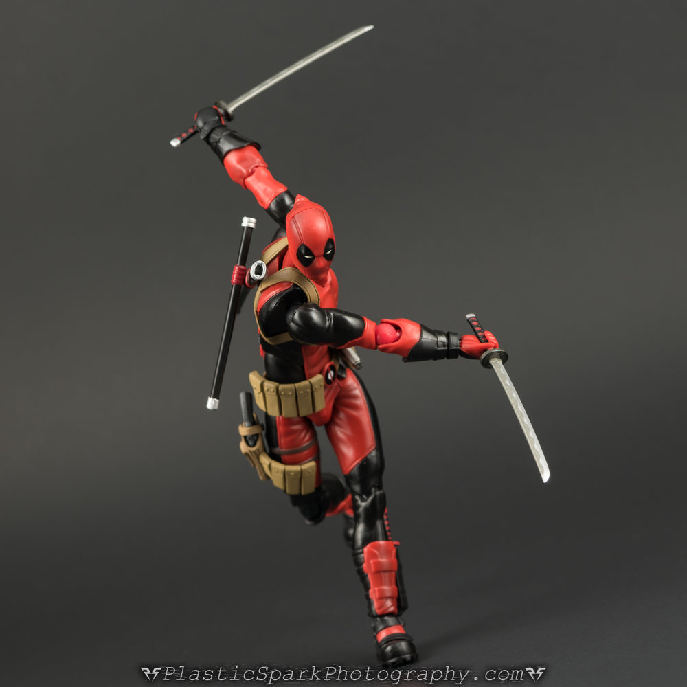 Figma-Deadpool-(13-of-62).jpg