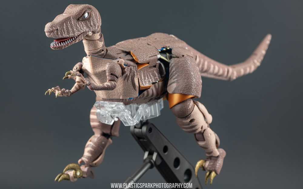 Masterpiece MP-41 Dinobot (9 of 88).jpg