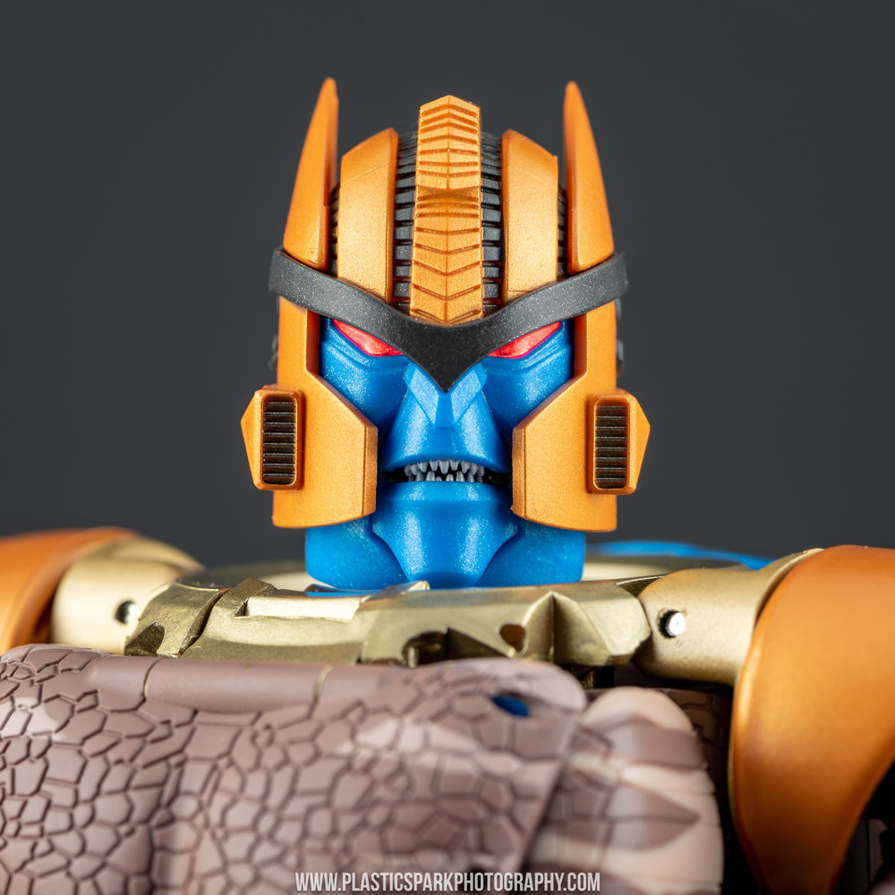 Masterpiece MP-41 Dinobot (29 of 88).jpg