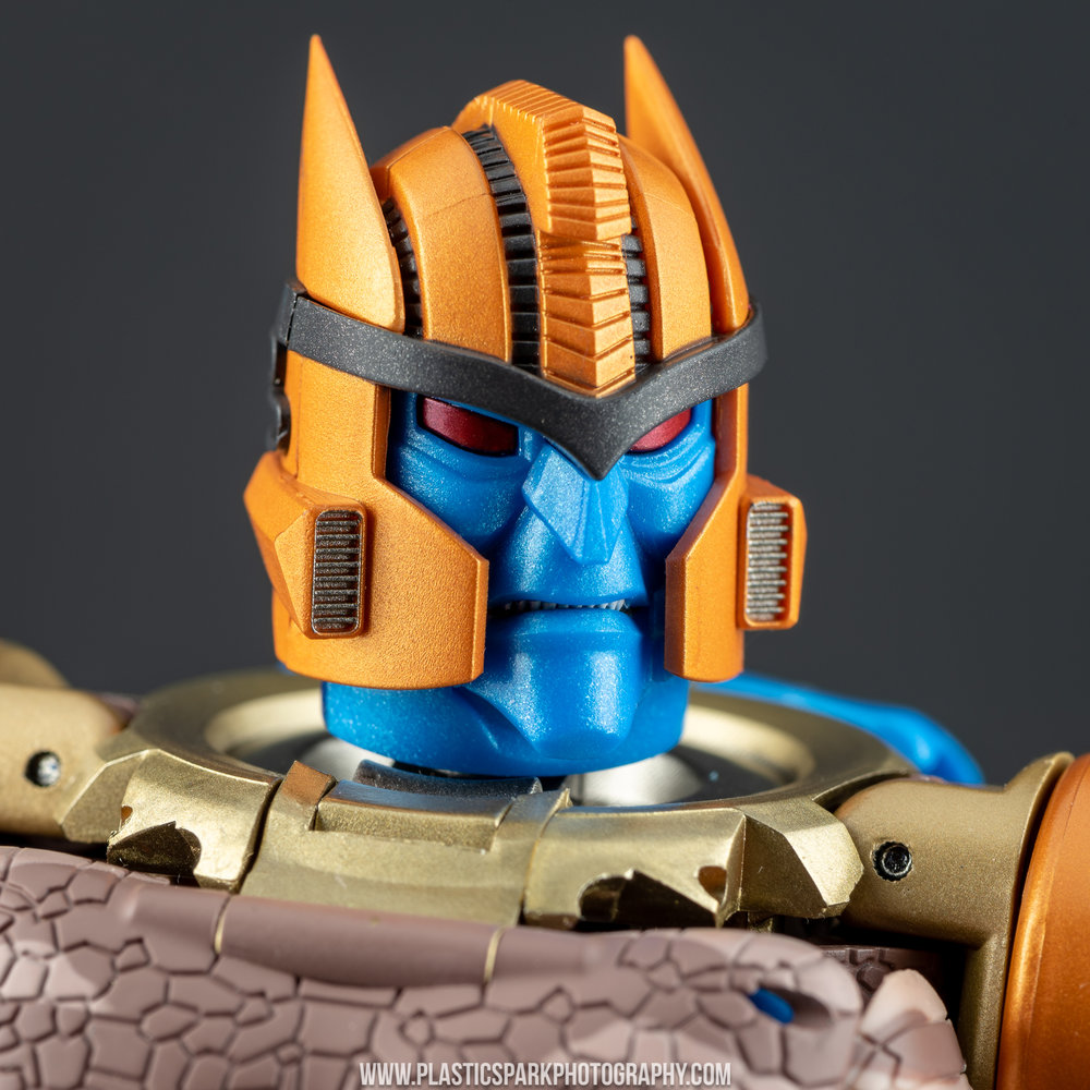 Masterpiece MP-41 Dinobot (30 of 88).jpg