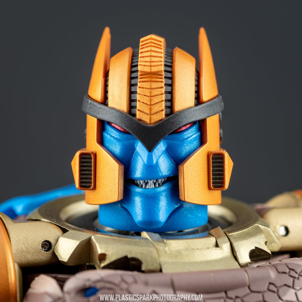 Masterpiece MP-41 Dinobot (34 of 88).jpg