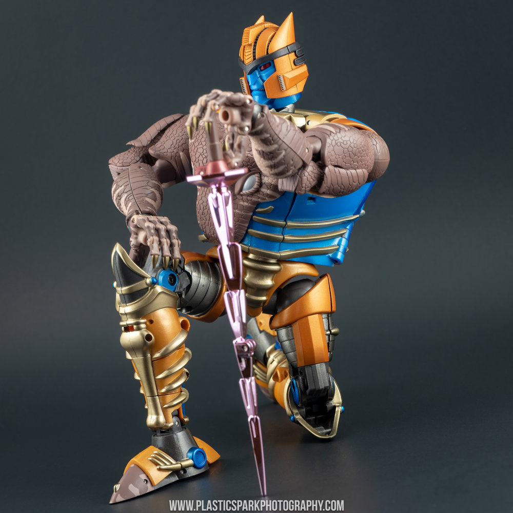 Masterpiece MP-41 Dinobot (44 of 88).jpg