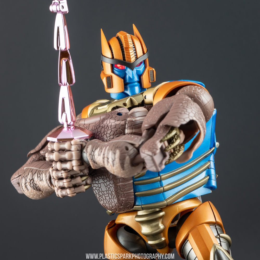 Masterpiece MP-41 Dinobot (66 of 88).jpg