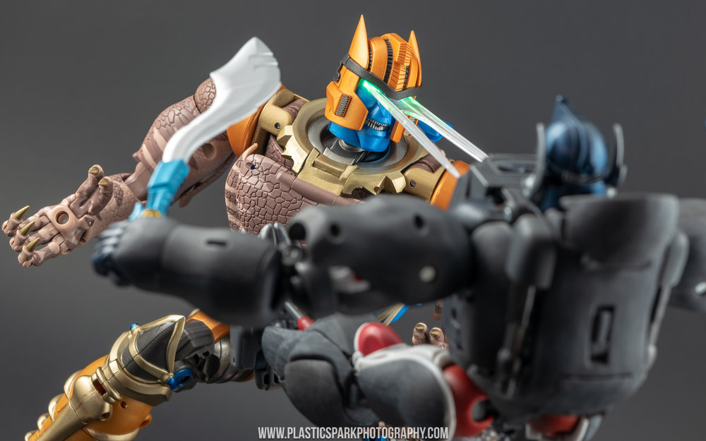 Masterpiece MP-41 Dinobot - Supplemental (20 of 28).jpg