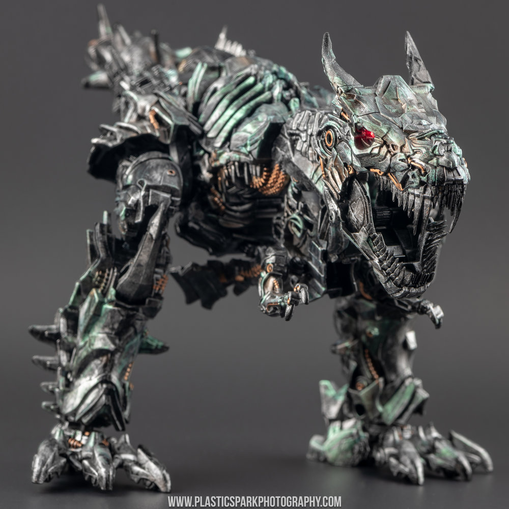 Custom Studio Series Grimlock - Bryan Liu (17 of 27).jpg