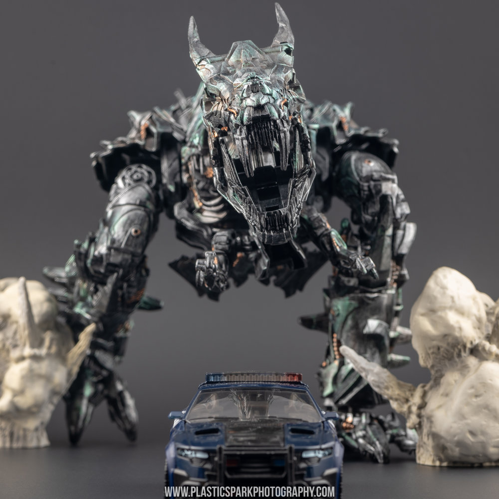 Custom Studio Series Grimlock - Bryan Liu (18 of 27).jpg