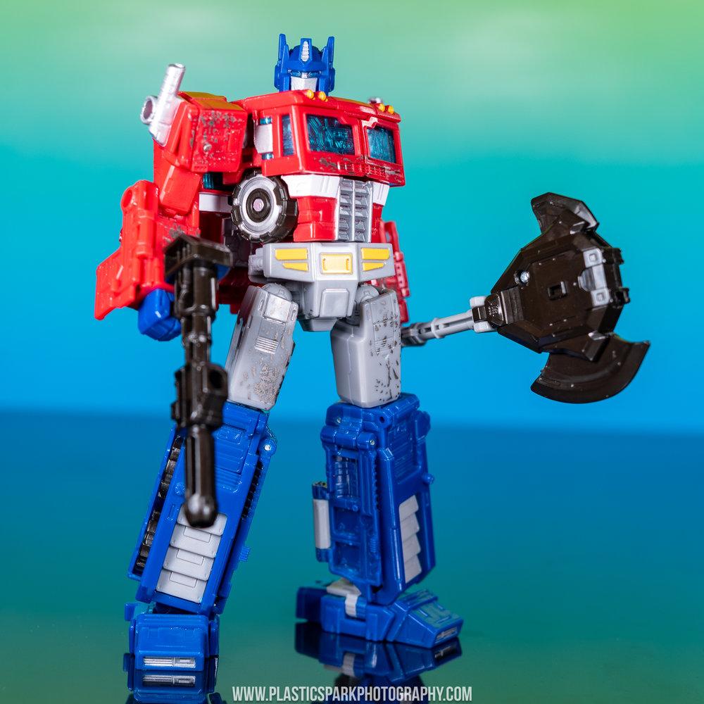 Voyager Siege Optimus Prime (4 of 31).jpg