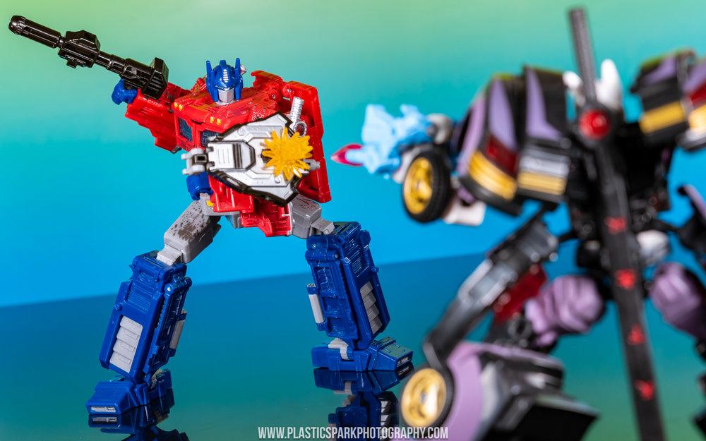 Voyager Siege Optimus Prime (7 of 31).jpg